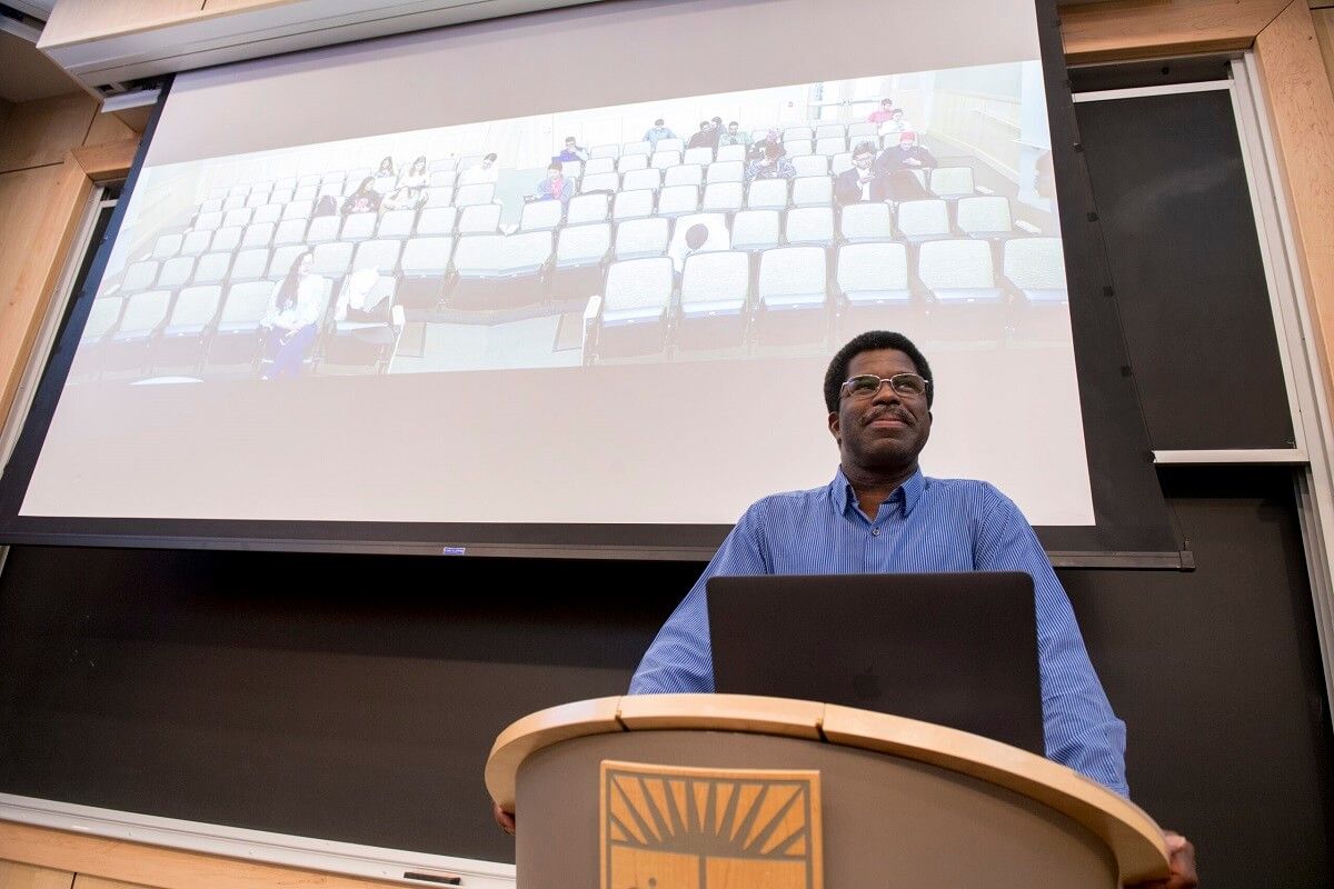 Professor Marshall Jones teaches Theater Appreciation course in a Synchronous Classroom